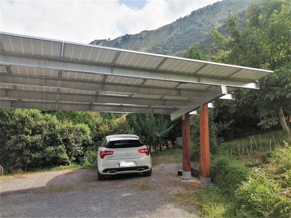 Pérgola Fotovoltaica de Autoconsumo en el Caserío Larra. Mañaria 2